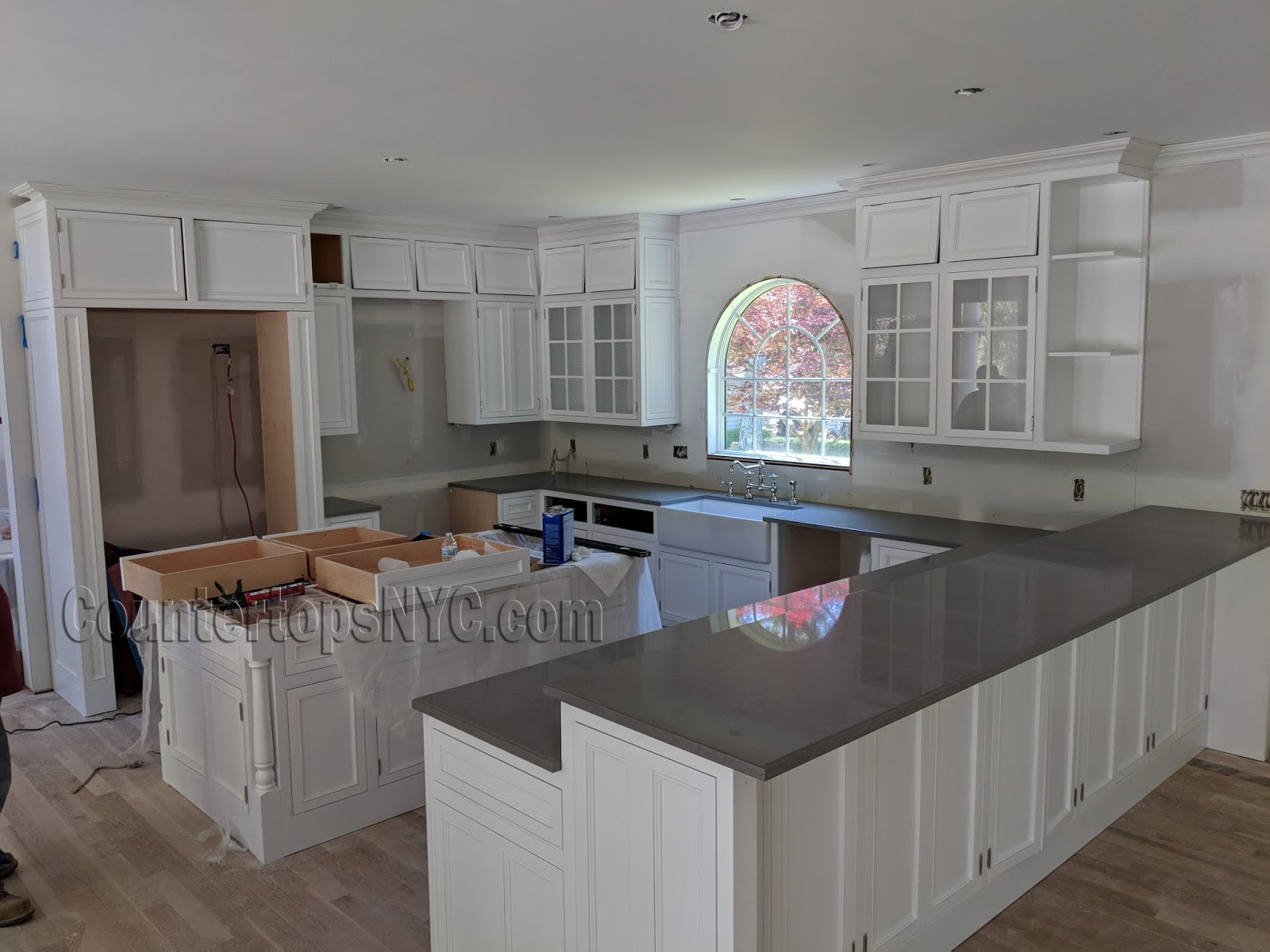 Best Color Quartz With White Cabinets Countertops Nyc