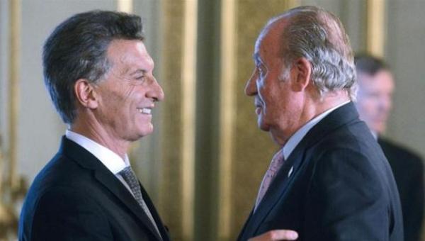 Macri recibe críticas tras declaraciones ante el Rey de España