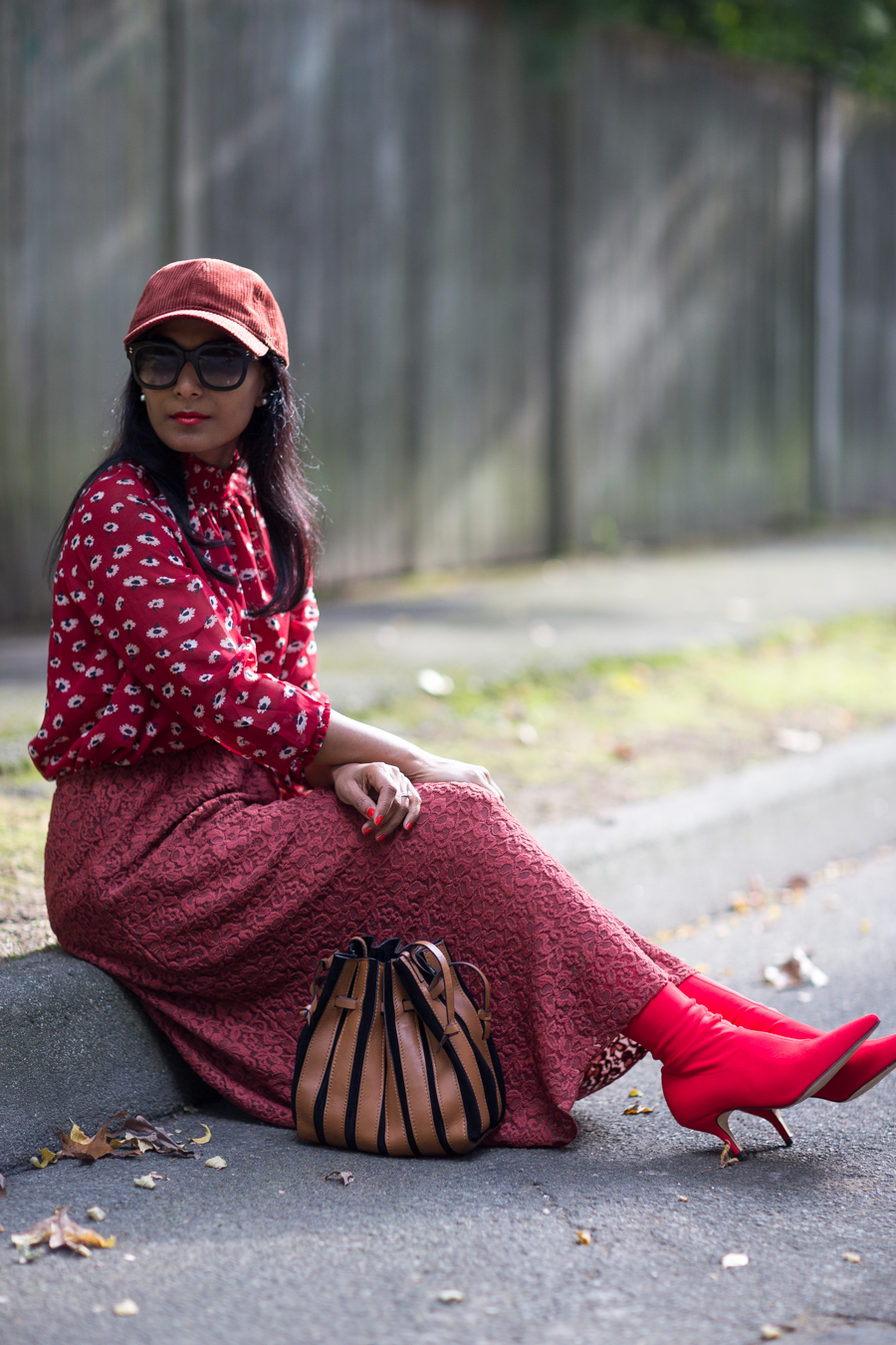 fall fashion, floral, fall style, office style, work style, fall outfit, petite stylist, petite blogger, fashion over 40, monochromatic, street style, fall layers, burgundy outfit