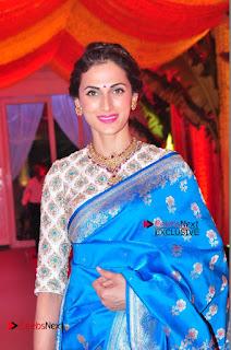 Actress Model Shilpa Reddy Exclusive Stills in Blue Saree at Vijay Karan Aashna Wedding  0013.JPG