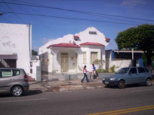 Bem-vindo à SERGIPE  Antiga casa na Avenida Barão de Maruim, em Aracaju 939ef78205