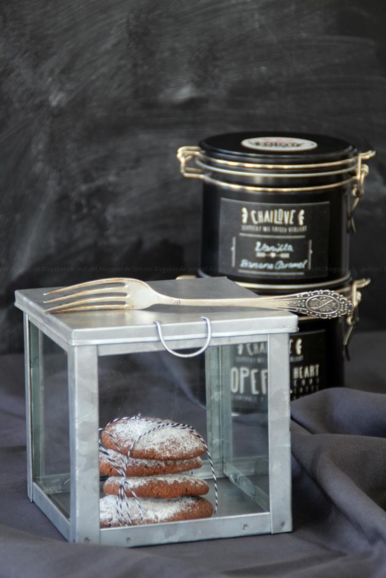 Give-Away Blogger Chailove, Chai-Latte-Cookies mit Schokokern,