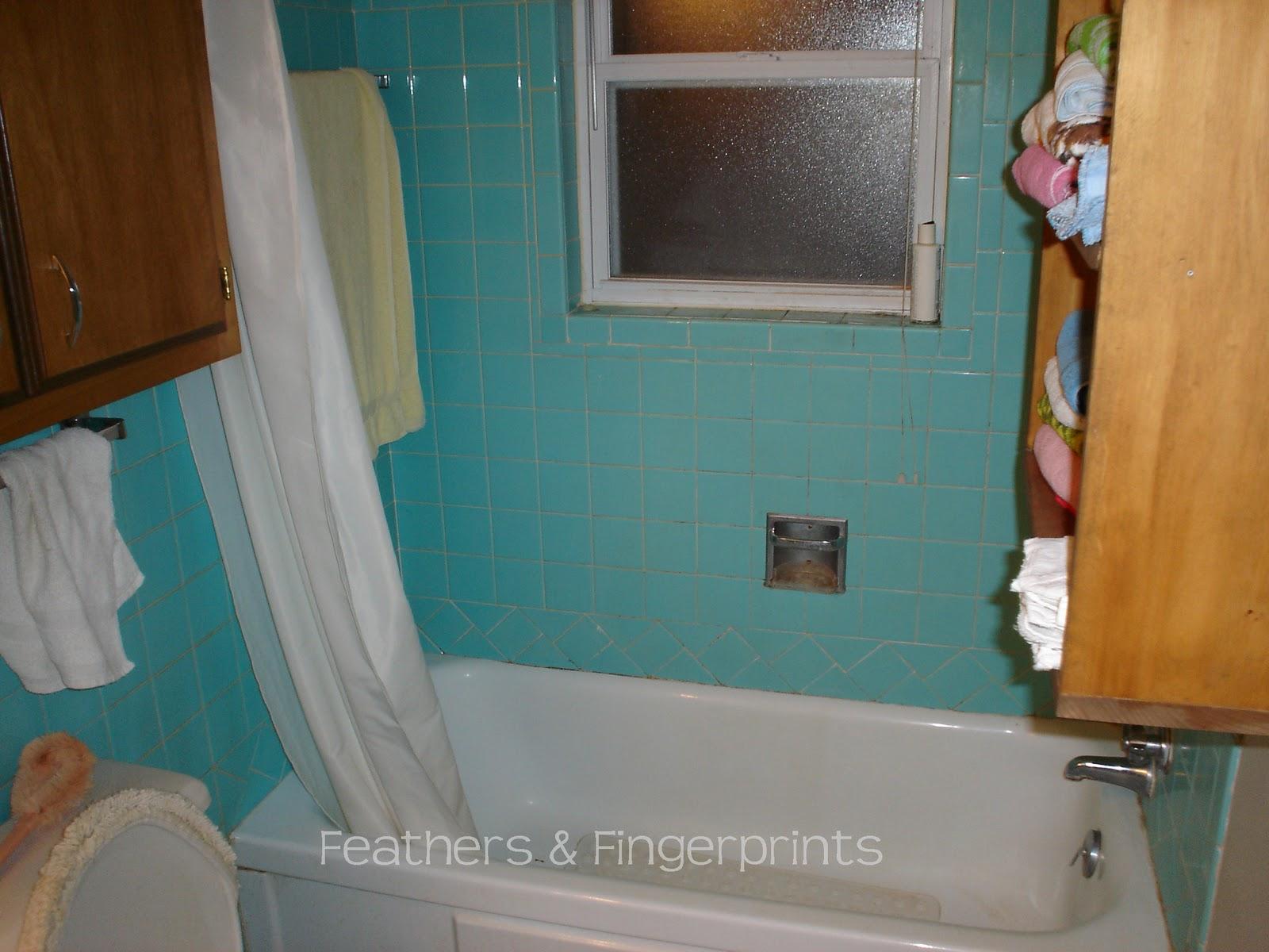 Wallpaper Behind Toilet | Free Download Wallpaper | DaWallpaperz