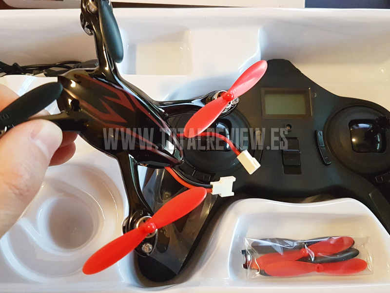 unboxing del drone Hubsan X4 H107C