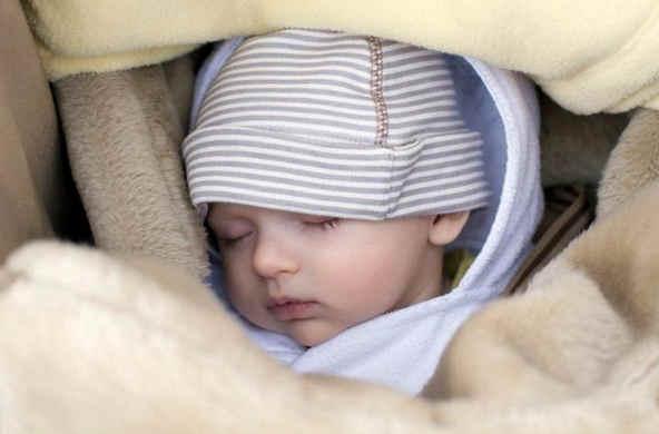 1300+ Daftar Nama Islam Pilihan Bayi Laki-Laki Terbaik Modern