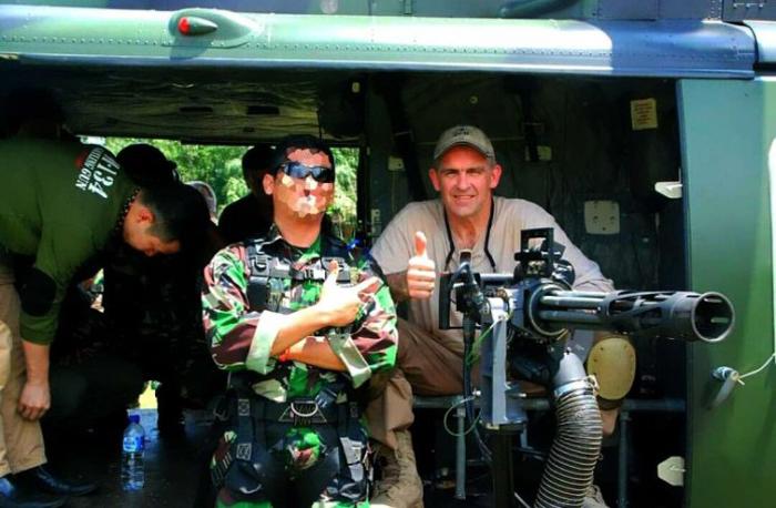 TNI AD Uji Coba Tembakan Minigun M134D Buatan Amerika Serikat