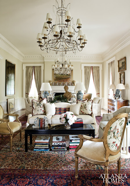 Living Room Design Traditional