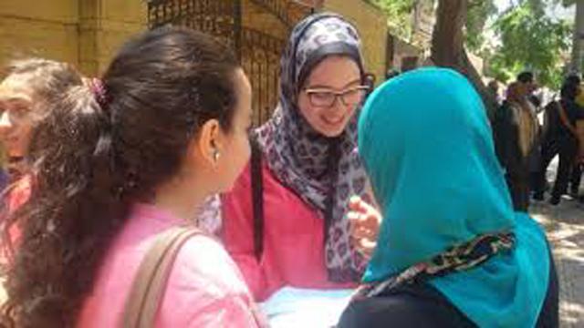وزارة التعليم تتابع أعداد ونسب الغياب الإلكترونى لطلاب مرحلة الثانوية العامة