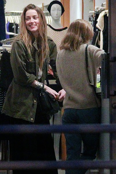Amber Heard and Lily-Rose on shopping