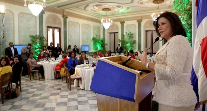 Margarita Cedeño: Ciudad Mujer y eliminar desigualdad salarial de género son prioridad en agenda