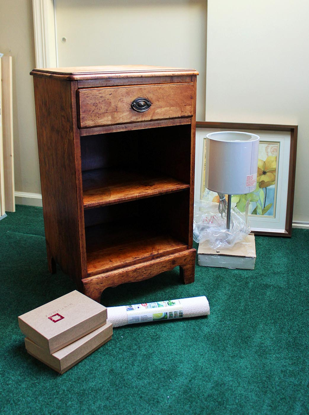 My Bedside Table: My Great Challenge: Organizing A Bedside Table