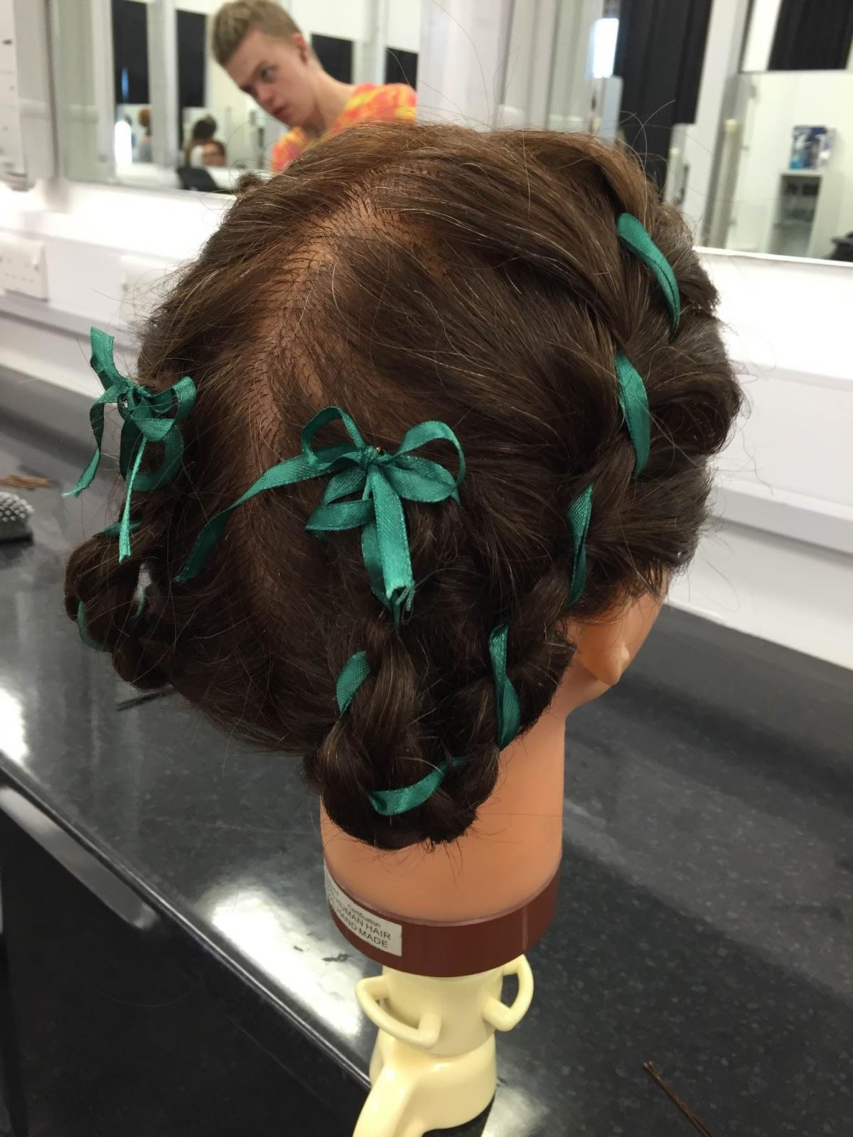 Fms407kupetytezredheadsandroyalty Elizabethan Hairstyles