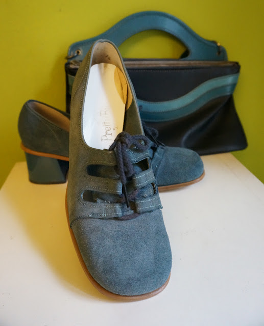 vintage 70s 1970 blue suede chunly lace up loafers mod skinhead blue stripe bag