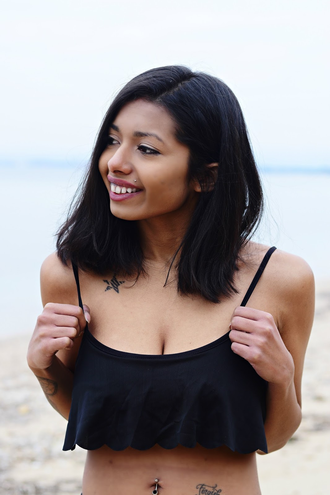 k-meets-style black bikini photoshoot