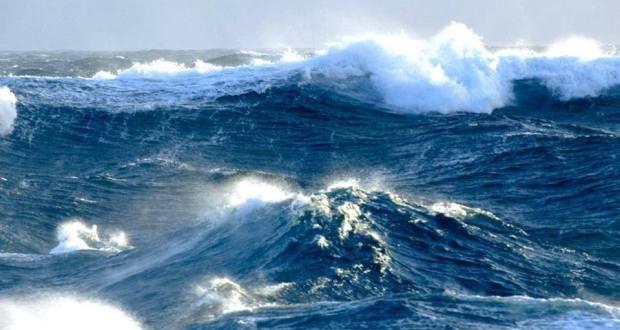 Συνεχίζονται οι θυελλώδεις άνεμοι με 7 και 8 μποφόρ