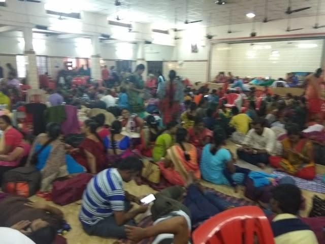 முதலமைச்சரின் பதிலுக்காக தற்போது சென்னையில் குடும்பத்துடன்  காத்திருக்கும் 8000 க்கும் மேற்பட்ட  இடைநிலை ஆசிரியர்கள்