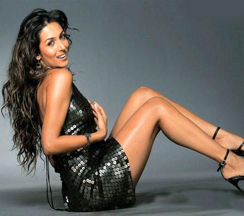 bolywood-actress-malaika-arora-legs