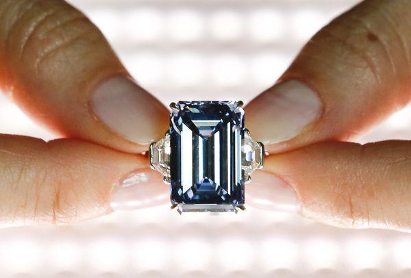 Berlian Seharga Rp 766 Miliar