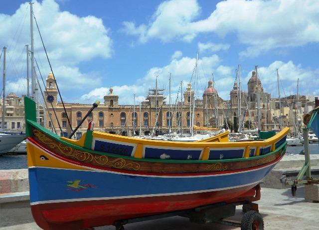 becas para estudiar ingles gratis en Malta