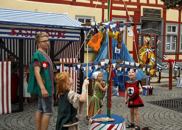 Spiel und Spaß für Kinder beim Mittelaltermarkt in Bad Langensalza