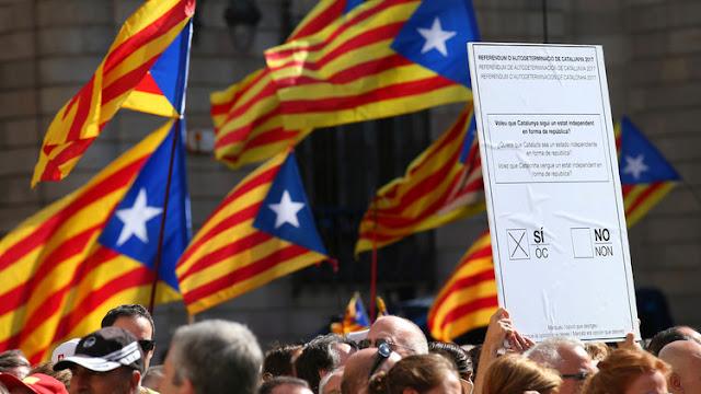 """Madrid advierte a Cataluña: """"Si son 700 alcaldes los que cometen un delito, todos irán a juicio"""""""