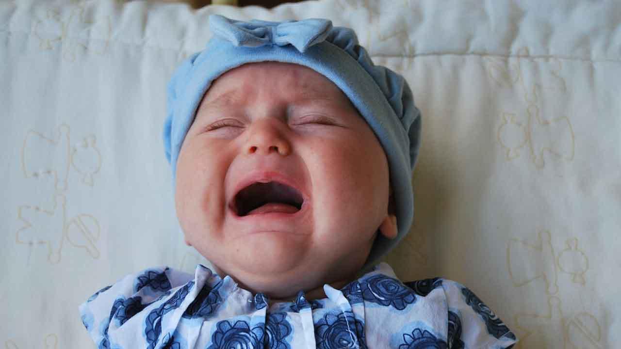 Cara Meredakan Batuk Berdahak pada Bayi