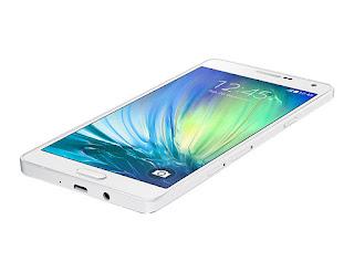 Samsung Galaxy A7 SmartPhone Yang Cocok di Bawa Traveling