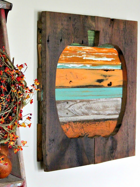 pumpkin, salvaged, fall decor, paint, minwax, reclaimed wood, http://goo.gl/RHR2Yq