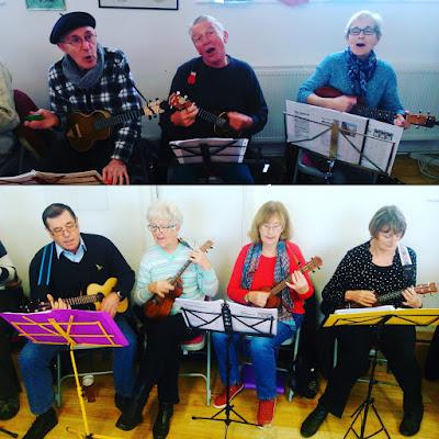 Wukulele regulars sing and strum!