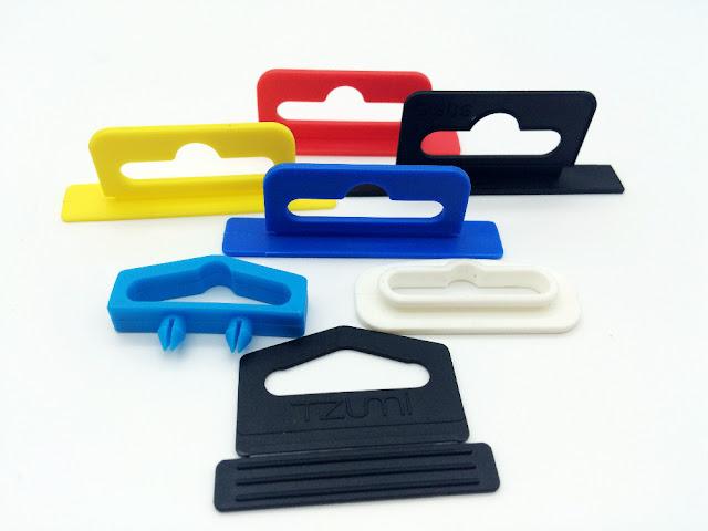 moc-nhua-treo-do-phu-kien-plastic-euro-hook-plascon