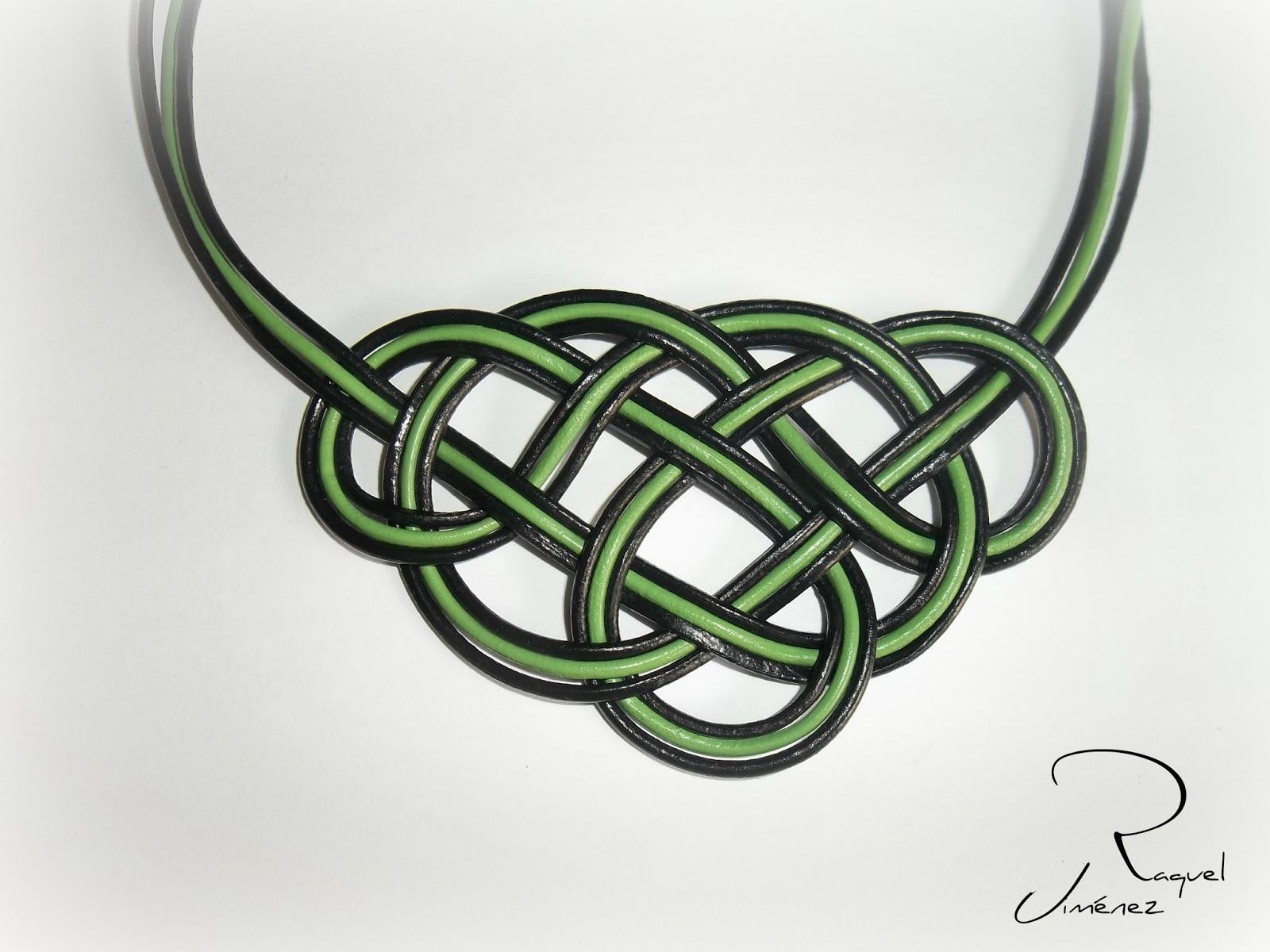 collar nudo celta cuero verde