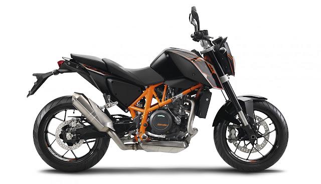 2015 KTM 690 Duke 03