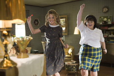 Nikki Blonsky Amanda Bynes Hairspray movie still Tracy Turnblad