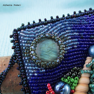 reef with beads