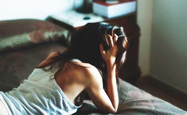 Isteri gersang di ranjang