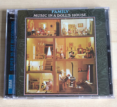 Sounds good looks good music in a doll 39 s house by for House music 2003