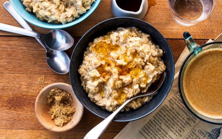 Comer carboidratos com moderação pode ajudá-lo a viver mais