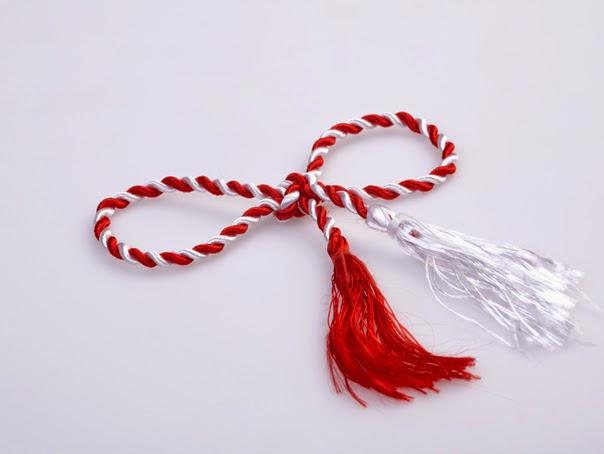 snur rosu cu alb