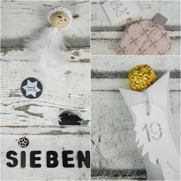 Schneeflocke mit Häkelkappe. Schmucker Anhänger für die Halskette. Originelle Verpackungsidee mit dem Plotter und mit Liebe selbst genähter Handwärmer.