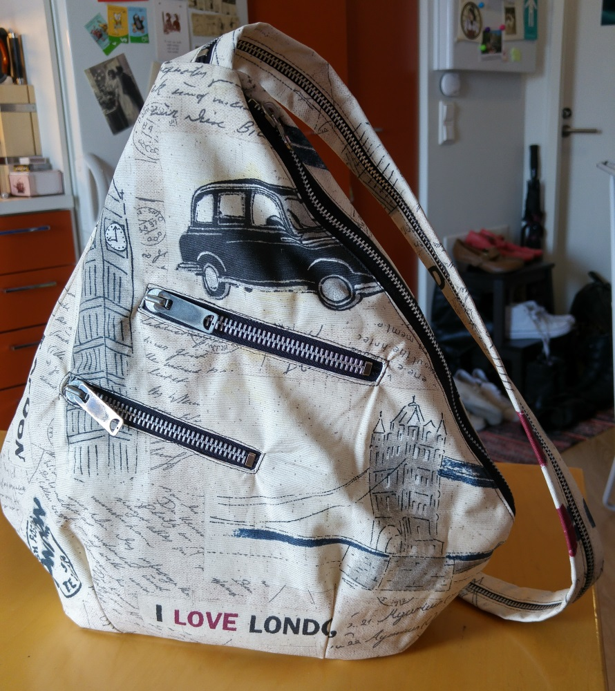 Sew Scoundrel: Tutorial: DIY backpack / sling bag with ...