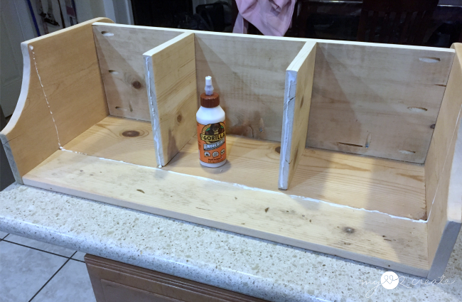 using gorilla glue for building a shelf