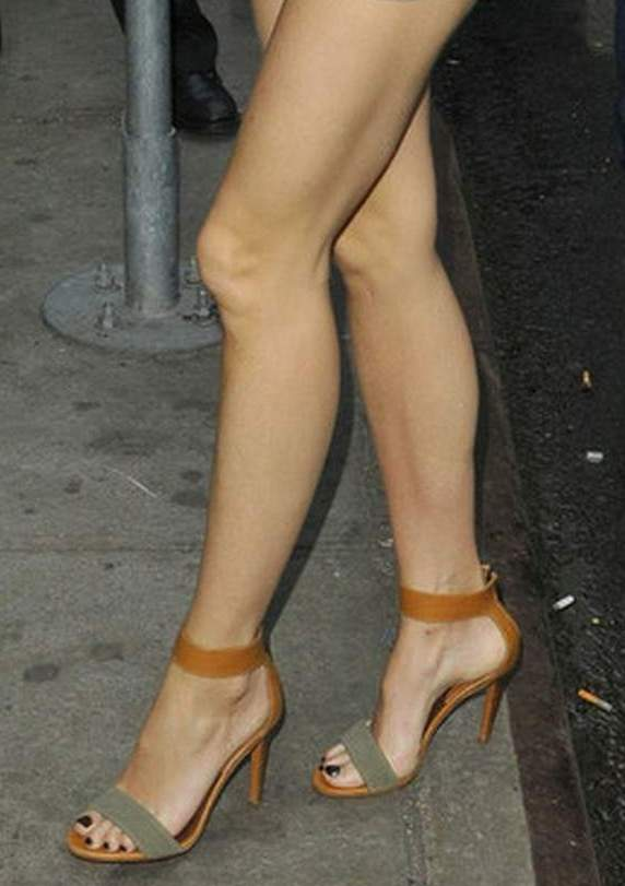 Celebritygala Gwyneth Paltrow Legs And Feet-5718