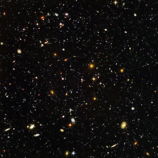 26 Pictures Will Make You Re-Evaluate Your Entire Existence - BUT LET'S THINK BIGGER. IN JUST THIS PICTURE TAKEN BY THE HUBBLE TELESCOPE, THERE ARE THOUSANDS AND THOUSANDS OF GALAXIES, EACH CONTAINING MILLIONS OF STARS, EACH WITH THEIR OWN PLANETS