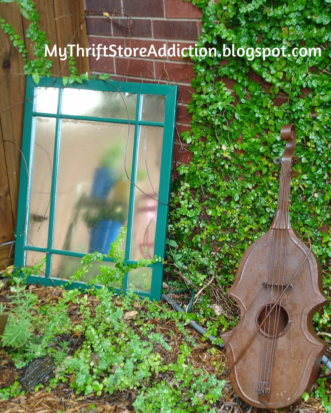 Violin garden sculpture