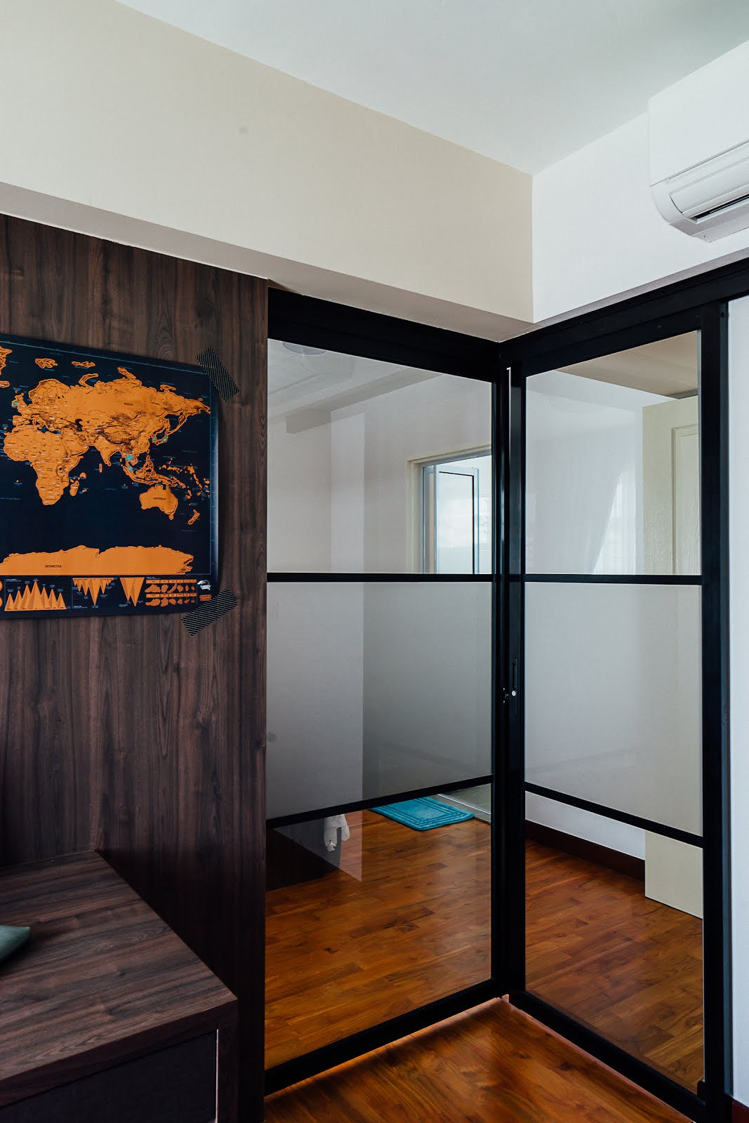 Modern Hdb Decor: Interior Design Guide: Contemporary Luxury , HDB 5 Room