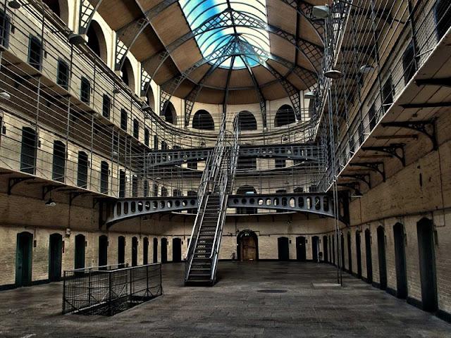 História de Kilmainham Gaol - ala leste