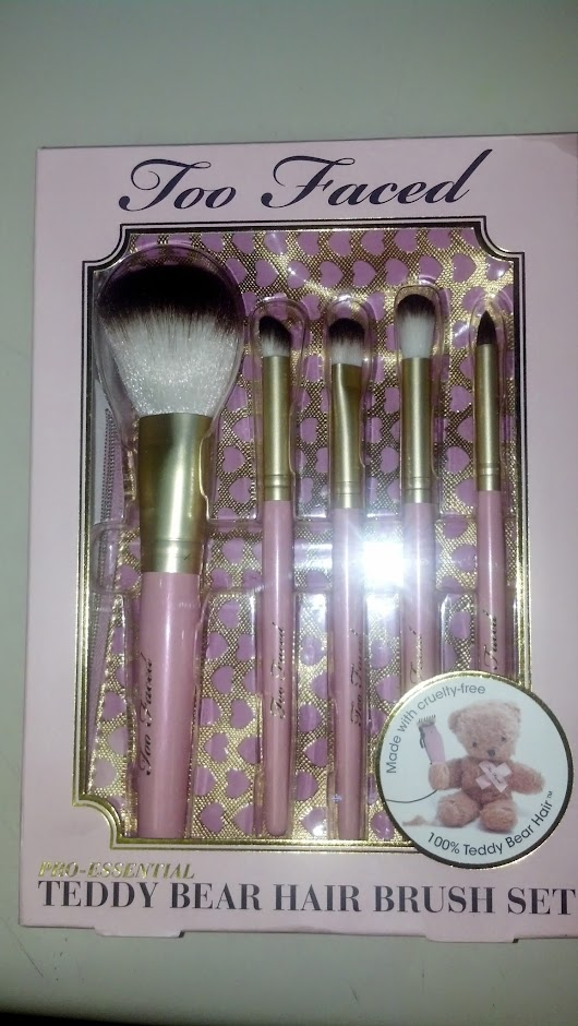 Review: Too Faced Teddy Bear Brush Set