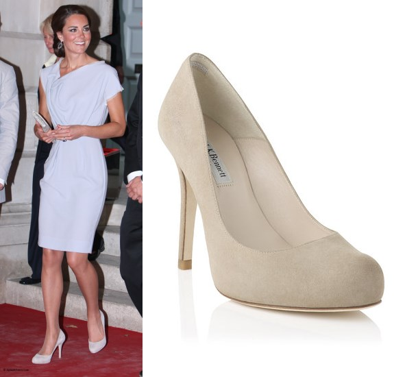 4e341ae025c Kate has been getting quite a lot of wear from her Episode  Angel  pumps  this year. She wore them to a series of engagements throughout her  pregnancy.