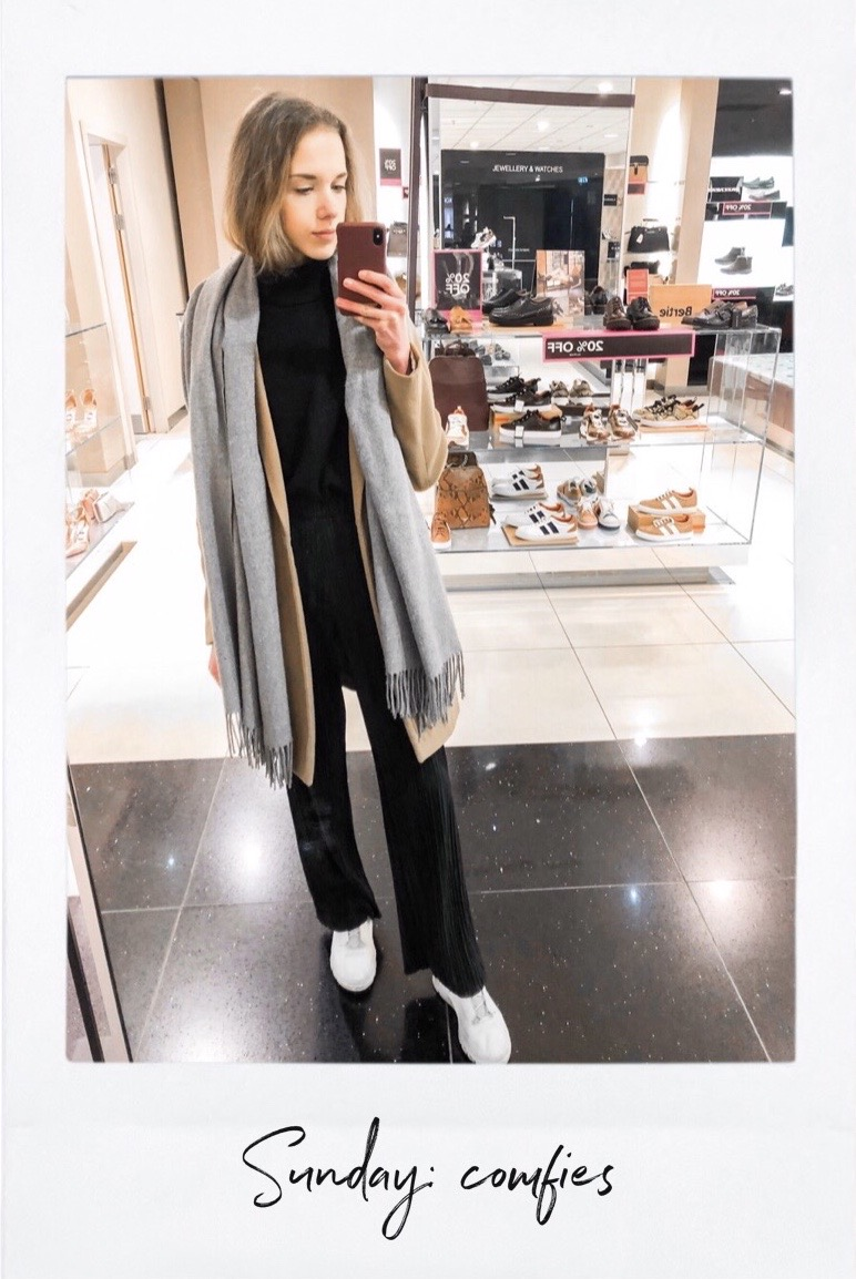 Chic and comfortable outfit with flowy trousers and cashmere jumper - Mukava ja tyylikäs asu: liehuhousut ja kasmirpooloneule