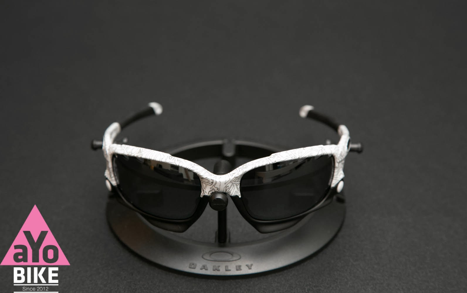 2be69b76a6 ... france oakley racing jacket white black ghost text ea4a2 141ed